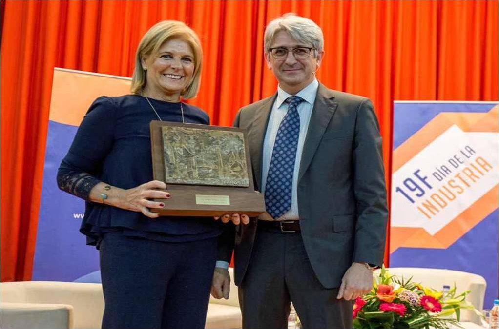 El CPIFP José Luis Graiño recibe el premio a la Trayectoria Industrial del Centro concedido por la AIQBE